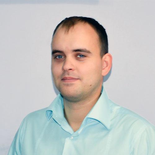 Вадим Гилёв : Ведущий специалист по работе с клиентами